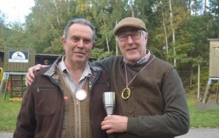 In der Altersklasse siegte Klaus Koops (rechts). Dritter wurde Hans-Jörg Faden.